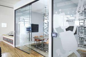 Glasschiebetür Büroraum